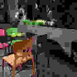Balcones y terrazas de estilo moderno de blackStones Moderno