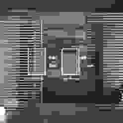 Porta scorrevole Extralight Finestre & Porte in stile moderno di Staino&Staino Moderno