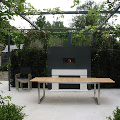 wood-fired oven & fireplace Modern garden by wood-fired oven Modern