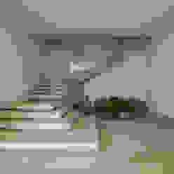 Residência Quinta da Baronesa Corredores, halls e escadas modernos por Débora Aguiar Moderno