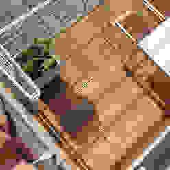 Bangkirai Terrasse Moderner Balkon, Veranda & Terrasse von Braun & Würfele - Holz im Garten Modern