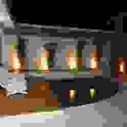 Piscinas de estilo ecléctico de Kátia Borges - arquitetura+interiores Ecléctico