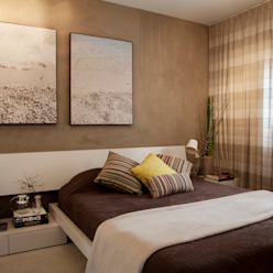 Eklektyczna sypialnia od Helô Marques Associados Eklektyczny