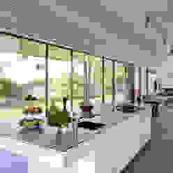 Haus S Moderne Küchen von Schenker Salvi Weber Modern