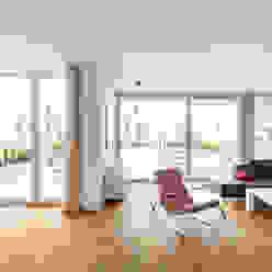 Salas de estar modernas por Corneille Uedingslohmann Architekten Moderno