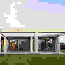 Wohnhaus bei Leipzig Moderne Häuser von WOLTERECK FITZNER Modern