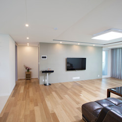 MID 먹줄 Moderne woonkamers