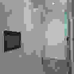 Piso Calle Princesa en Barcelona 4+1 arquitectes Vestidores de estilo moderno