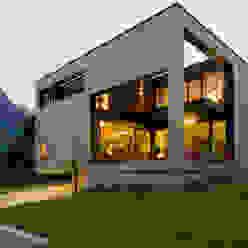 Casas modernas por dreipunkt ag Moderno