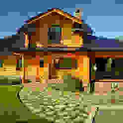 Casas unifamiliares de estilo  por Patagonia Log Homes - Arquitectos - Neuquén,