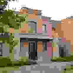detalle del frente Casas clásicas de Parrado Arquitectura Clásico