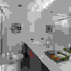 Cobertura - Pinheiros MANDRIL ARQUITETURA E INTERIORES Banheiros modernos