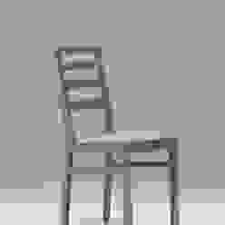 sedia in faggio colore tortora di CORDEL s.r.l. Moderno