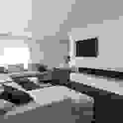 Salones de estilo moderno de Lab32 architecten Moderno