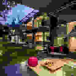 Jardines de estilo  de grupoarquitectura, Minimalista