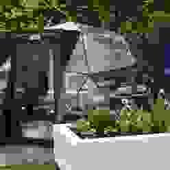 itv's Love Your Garden with Alan Titchmarsh Solardome Industries Limited Jardines modernos: Ideas, imágenes y decoración