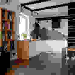 Mieszkanie na Bemowie Nowoczesna kuchnia od Jacek Tryc-wnętrza Nowoczesny