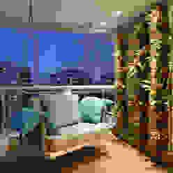 Moderner Balkon, Veranda & Terrasse von BC Arquitetos Modern
