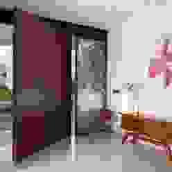 Casa GM GLR Arquitectos Puertas y ventanas modernas