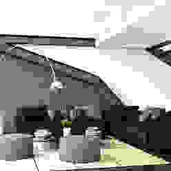 Desarrollo de Interiorísmo Salones modernos de LA RORA Interiorismo & Arquitectura Moderno