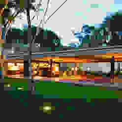 Moderne Häuser von Studio MK27 Modern