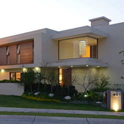 Fachada Principal Casa GL homify Casas modernas Mármol Beige