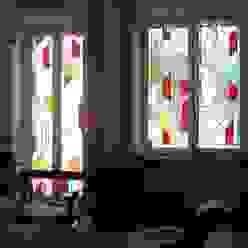 DUE ALLOGGI IN UNO IN CENTRO A MILANO ARCHITETTO MARIANTONIETTA CANEPA Finestre & Porte in stile moderno