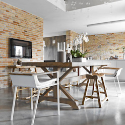 Country style dining room by Opera s.r.l. Country
