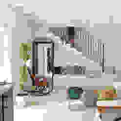 HOTEL CAL REIET – GUEST HOUSES: Salones de estilo  de Bloomint design, Mediterráneo
