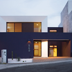Minimalist houses by Región 4 Arquitectura Minimalist