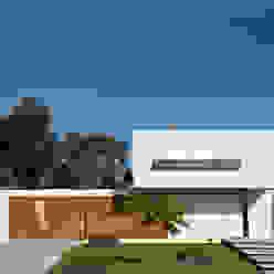Casa Pedro Casas modernas: Ideas, imágenes y decoración de VDV ARQ Moderno
