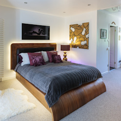 Chiswick Quay Modern style bedroom by Rousseau Modern