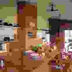 Cocinas rústicas de IDALIA DAUDT Arquitetura e Design de Interiores Rústico
