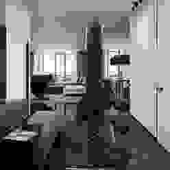 Minimalistische gangen, hallen & trappenhuizen van Diff.Studio Minimalistisch