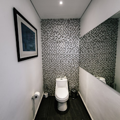 BAÑO gOO Arquitectos Baños minimalistas Azulejos Gris
