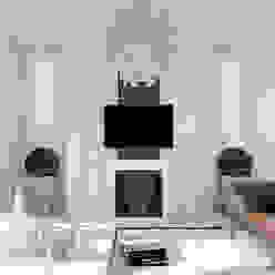 Moderne Wohnzimmer von Студия интерьера МЕСТО Modern