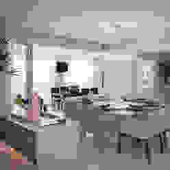 Decoração de Interiores - Projeto Residencial - Bairro Campo Belo - SP Salas de jantar modernas por Silvia Romanholi Design de Interiores Moderno