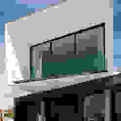 Minimalistische Häuser von Urban Core Minimalistisch