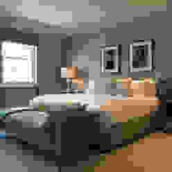 Bedroom at Bedford Gardens house. Nash Baker Architects Ltd Quartos modernos Cinzento