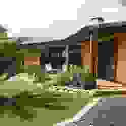 Porche RIBA MASSANELL S.L. Casas mediterráneas