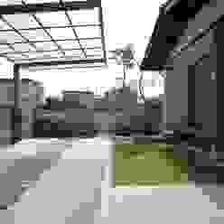 平山庭店 JardínColumpios y zonas de juego