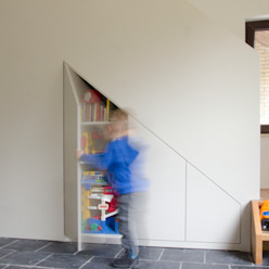 Woonhuis Landgraaf Moderne woonkamers van Ontwerpbureau Op den Kamp Modern