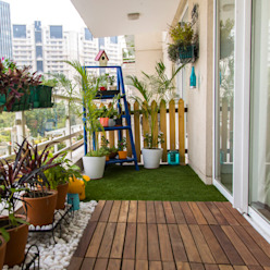 Balcony makeover - English Country style balcony, veranda & terrace by Studio Earthbox Country