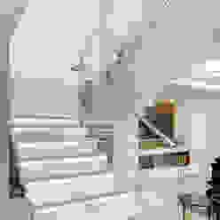 Casa B+E Corredores, halls e escadas ecléticos por ANDRÉ PACHECO ARQUITETURA Eclético
