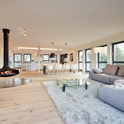 Penthouse HONEYandSPICE innenarchitektur + design Moderne Wohnzimmer