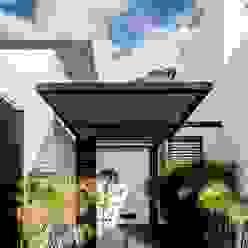 casaMEZQUITE BAG arquitectura Puertas principales Hierro/Acero Blanco