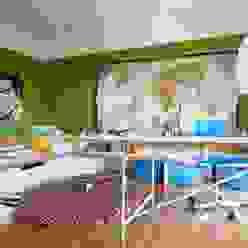 Kinderzimmer mit Podest Moderne Kinderzimmer von Burkhard Heß Interiordesign Modern Holz Holznachbildung