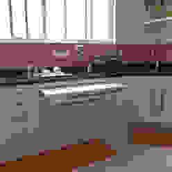 Reforma de Apartamento MBDesign Arquitetura & Interiores Cozinhas modernas