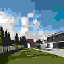Domizil in Oberbayern Moderne Häuser von Herzog-Architektur Modern