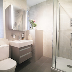 St John's Wood:  Bathroom by Patience Designs